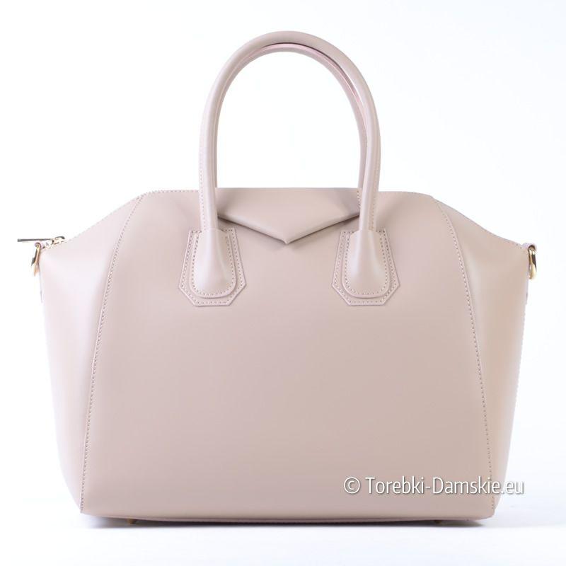 5733443782502 Skórzany kuferek w kolorze beżowym - produkt włoski. Efektowny wygląd