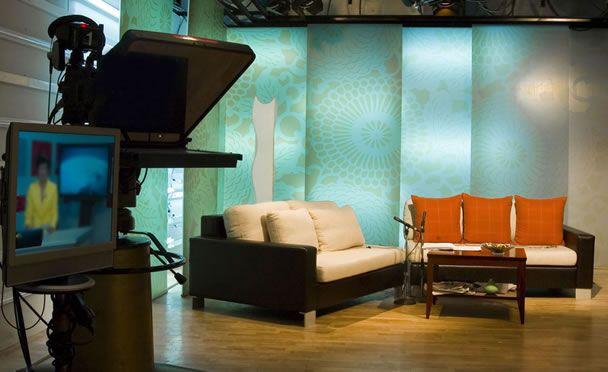 TV Scenery, Contemporay & Sharp looking set scenery Giordano Design ...