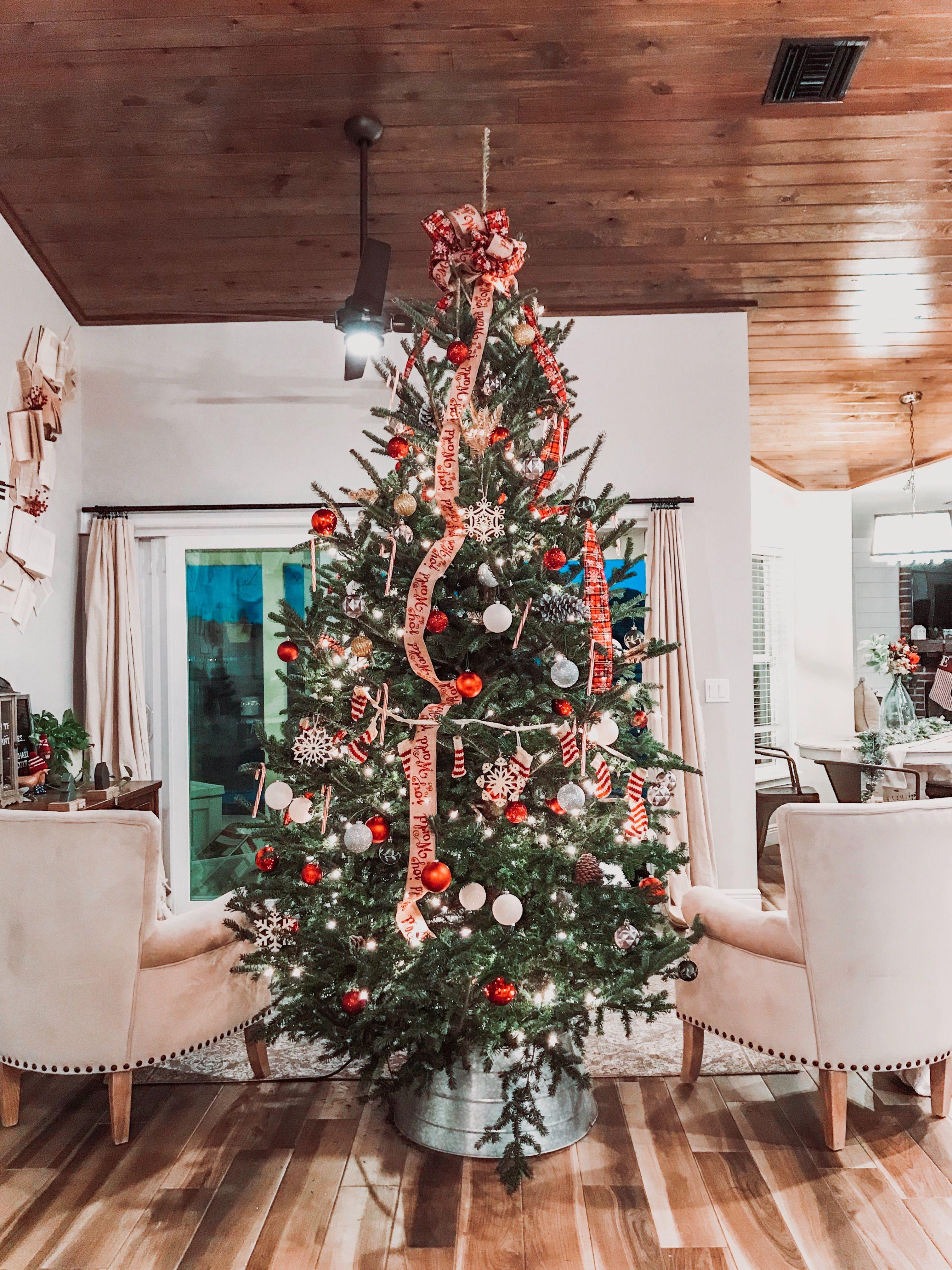 Emily Houseandhens Instagram Photos And Videos Christmas Inspo Christmas Decorations Holiday Decor
