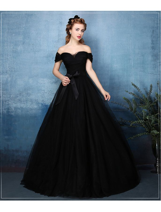 Off Shoulder Vintage Style Ball Gown | gowns | Pinterest | Ball ...