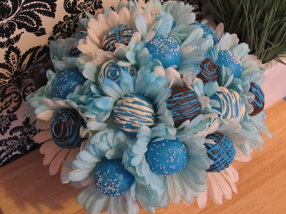 This tops real flowers any day! #cakepopbouquet