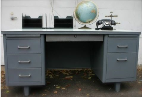 Vintage metal desk: currently looking for one of these. - Vintage Metal Desk: Currently Looking For One Of These. Mi Casa De