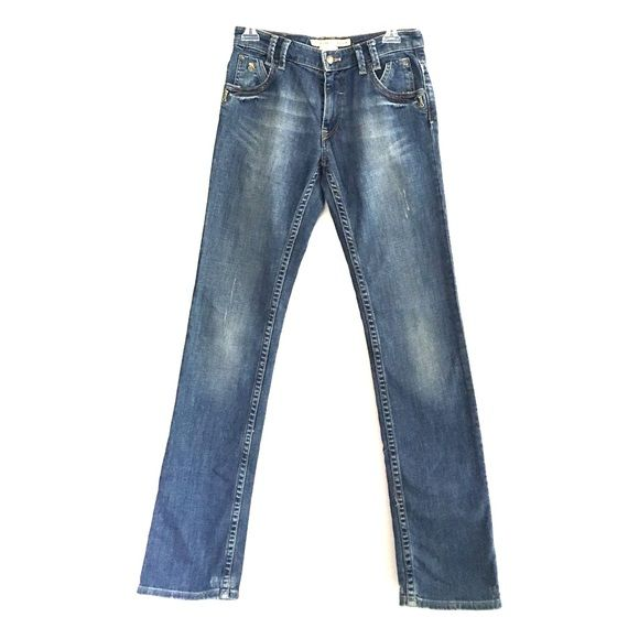 French Connection jeans French connection jeans. Bootcut. Only worn a couple times. I accept offers and bundles. French Connection Jeans Boot Cut