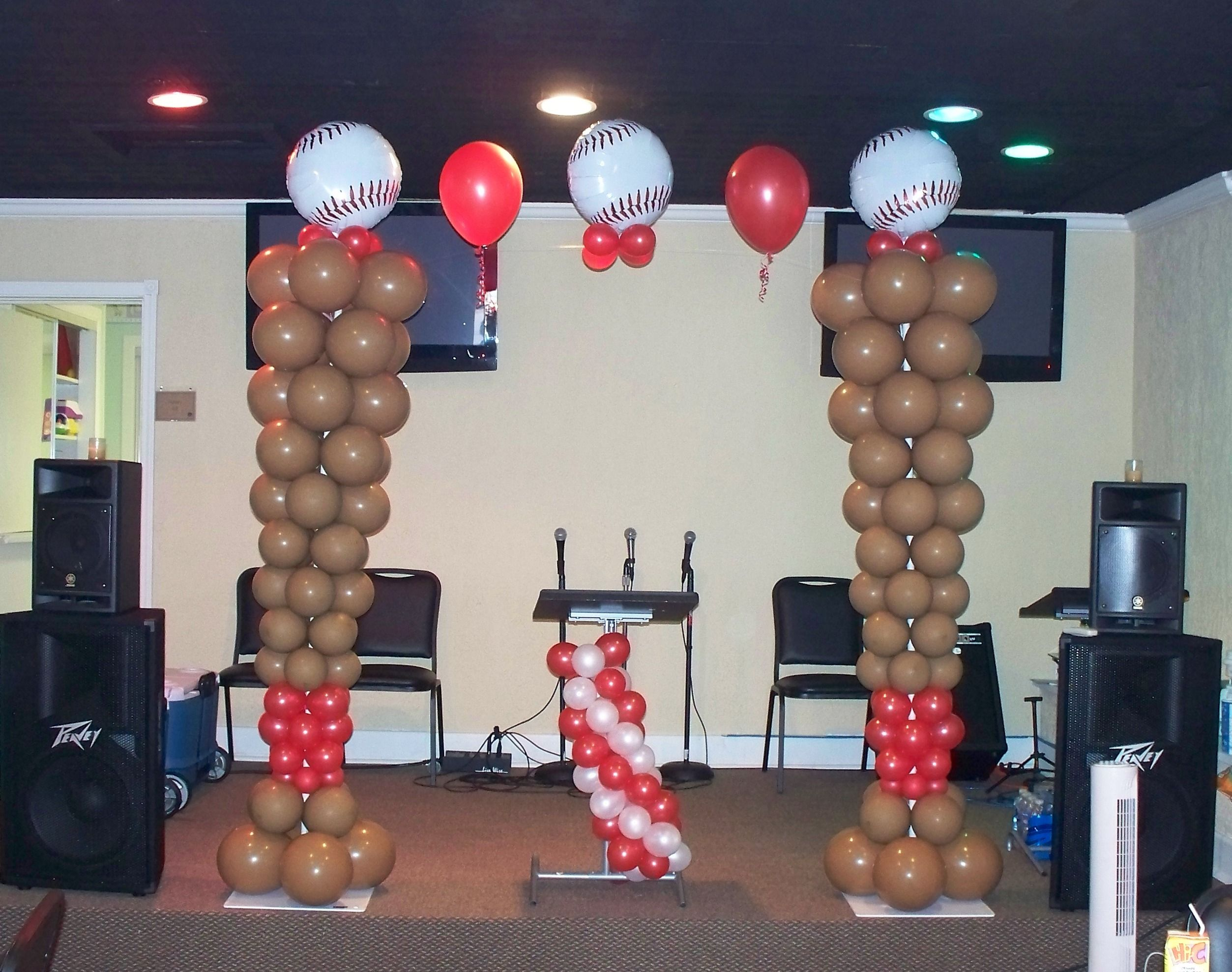 Sports Themed Balloon Decor 1000 Images About Sports Balloon On Pinterest Football Soccer