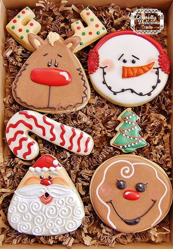 Cute Reindeer Cookie Christmas Cookies Decorated Christmas Cookies Christmas Sugar Cookies
