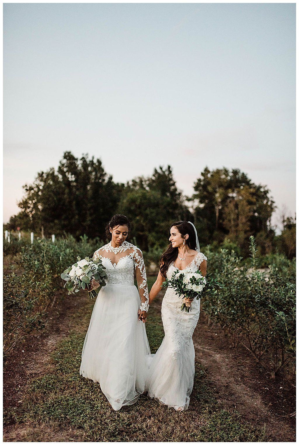 A Winery Wedding with a Modern Botanical Theme - Love Inc. Mag