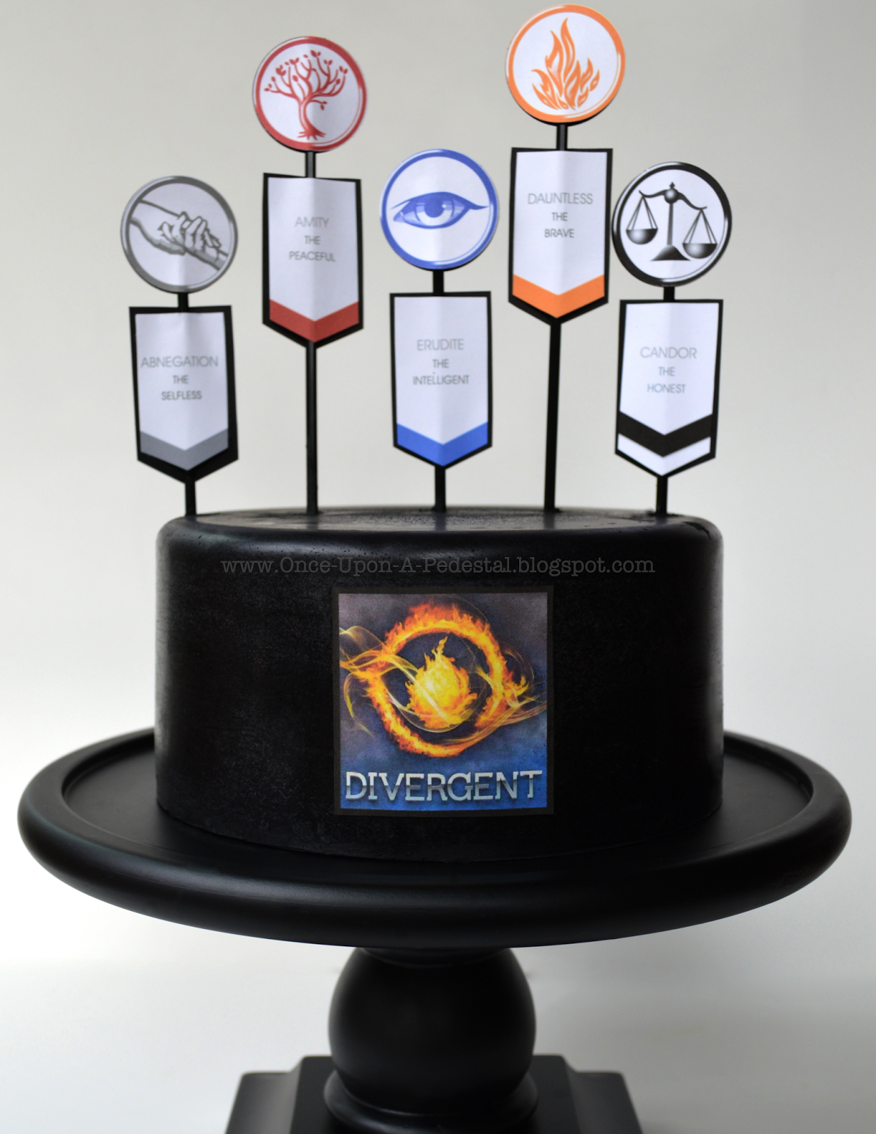 An Old Friend Was Visiting Recently And Shared That Her Daughter Lauren Longing For A Divergent Cake Birth