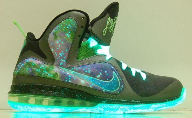 best loved 6030b fe5ff Nike LeBron 9