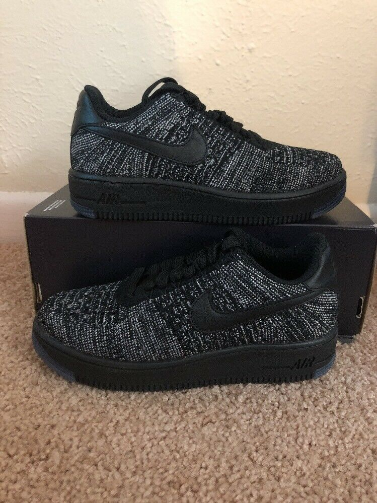 low cost fb208 33839 Nike Air Force 1 Flyknit Low Womens (Size 5) Black White 820256-007