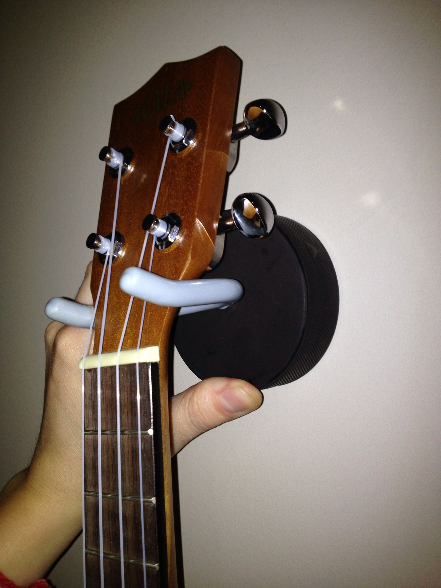 15 Excellent Bass Guitar Wall Mount Hercules Bass Guitar Exercises For Dummies Guitarsofinst Acoustic Guitar Chords Custom Bass Guitar Guitar Chords For Songs