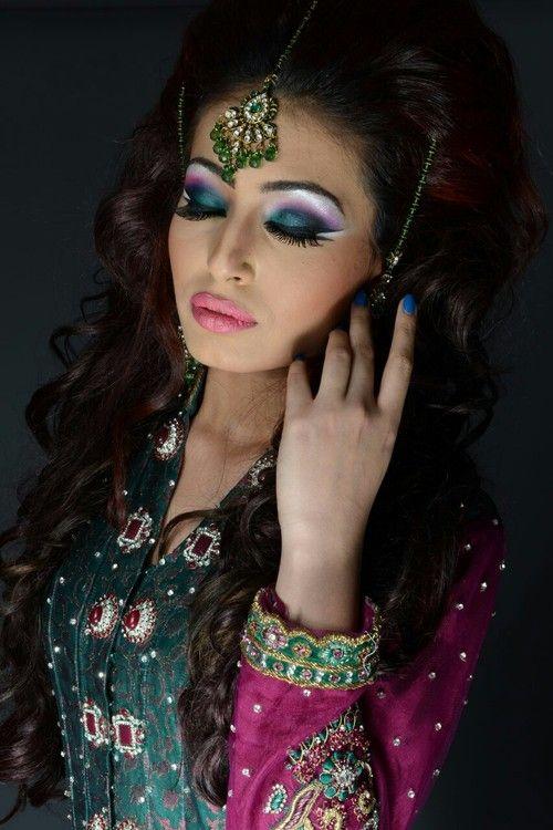 Naeem Khan Makeup From His Fb Indian Bride Makeup Asian Bridal