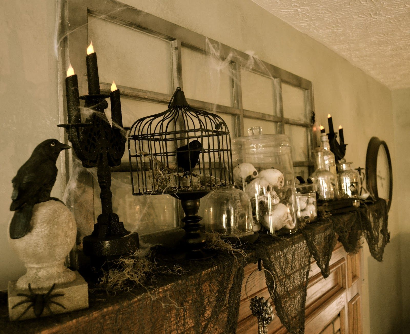 corner of plaid and paisley: halloween mantel-spooky fun | party