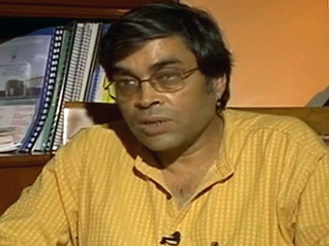 Shubhashis Gangopadhyay on inflation and economy (Aired: June 2008) http://www.ndtv.com/video/player/big-fish/shubhashis-gangopadhyay-on-inflation-and-economy-aired-june-2008/312111