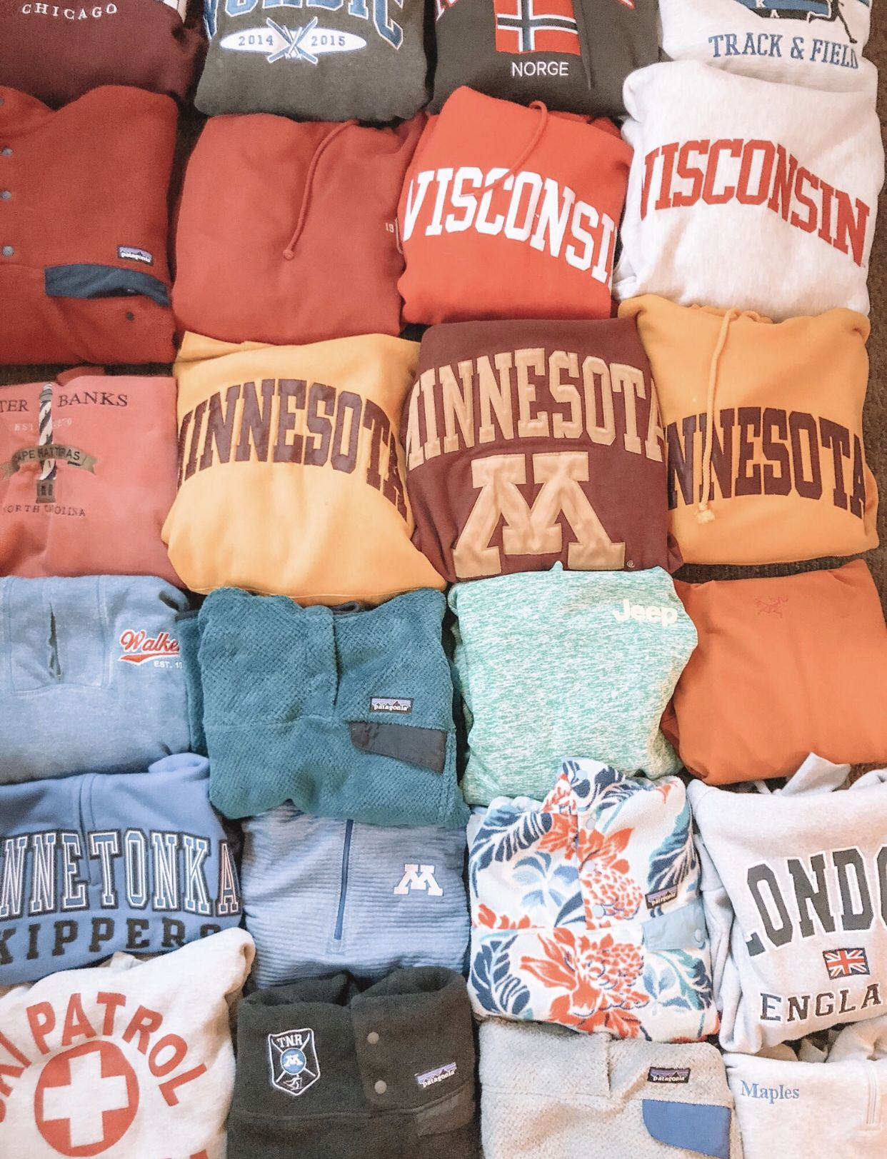 sweatshirts comfy cute aesthetic vsco colorful pretty