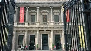 Resultado de imagen de imagenes de puertas de museos pinterest