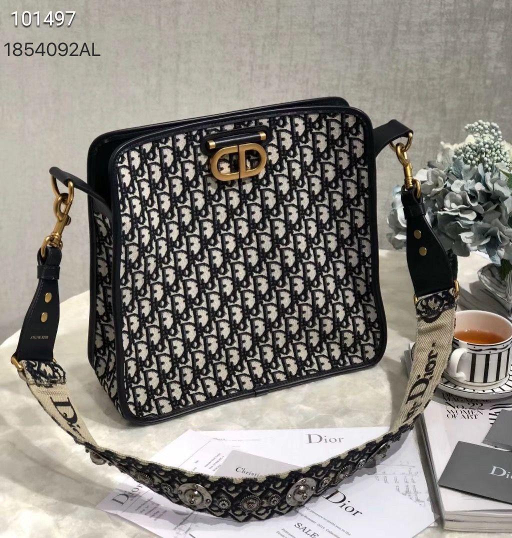 c40ad5b2f3 Christian Dior Cd woman oblique addict canvas strap tote bag | Dior ...