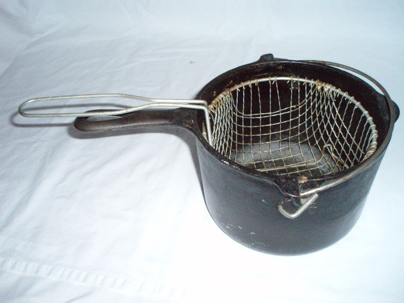 Griswold Cast iron Deep Fat Fryer 1003 w/basket My Style