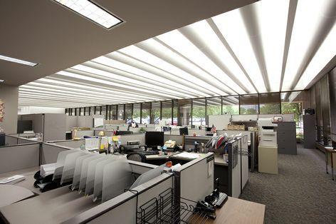 Photo journal 3 bad lighting installation id6100 for Office design journal