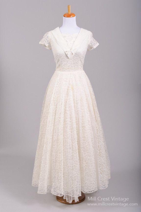 39d747e5b47 1950 Nautical Lace Vintage Wedding Gown