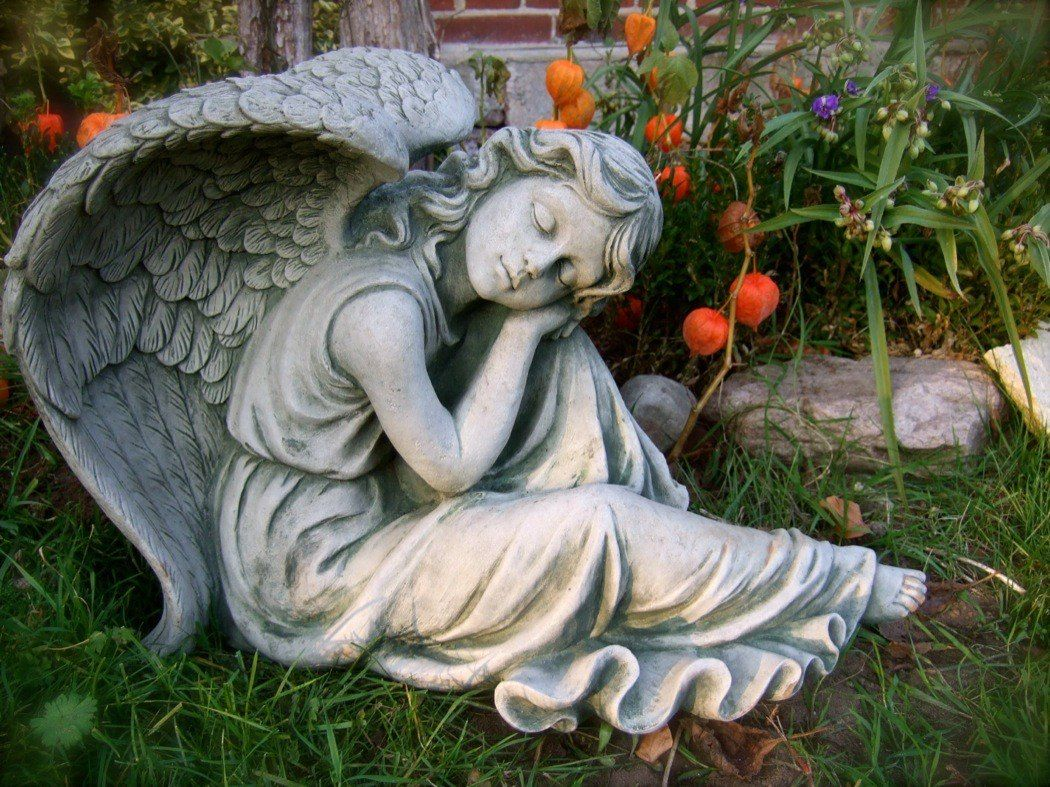 Großer Engel Für Garten Um Ihr Dekorationslayout Zu Maximieren Von
