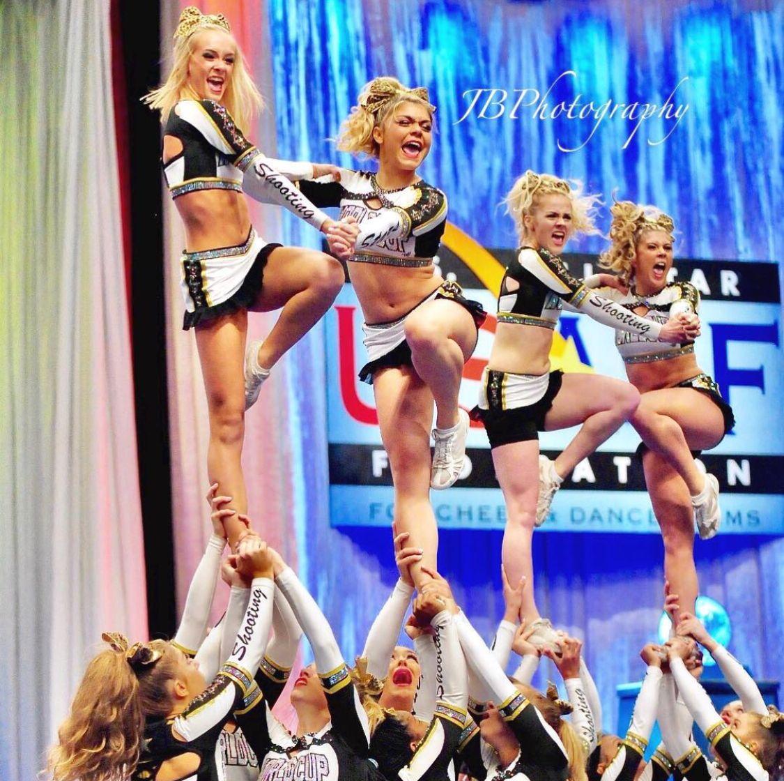 Shooting Stars Worlds 2017 In 2020 Cheerleading All Star Cheer