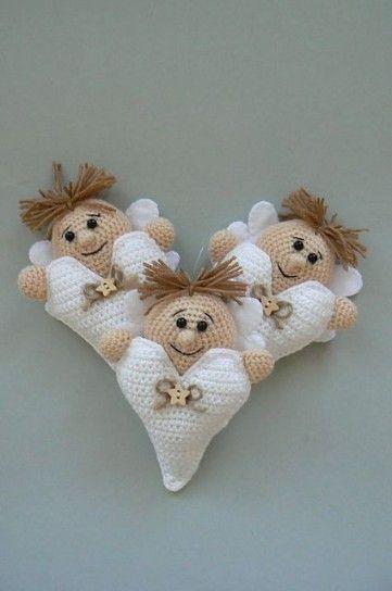Divertidos ángeles creados en ganchillo - Fuente: Pinterest                                                                                                                                                      Más