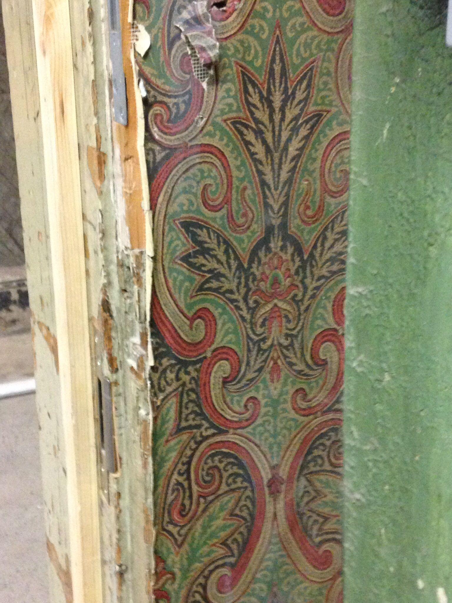 Shoreditch Town Hall: Antique Victorian Wallpaper, Shoreditch Town Hall London