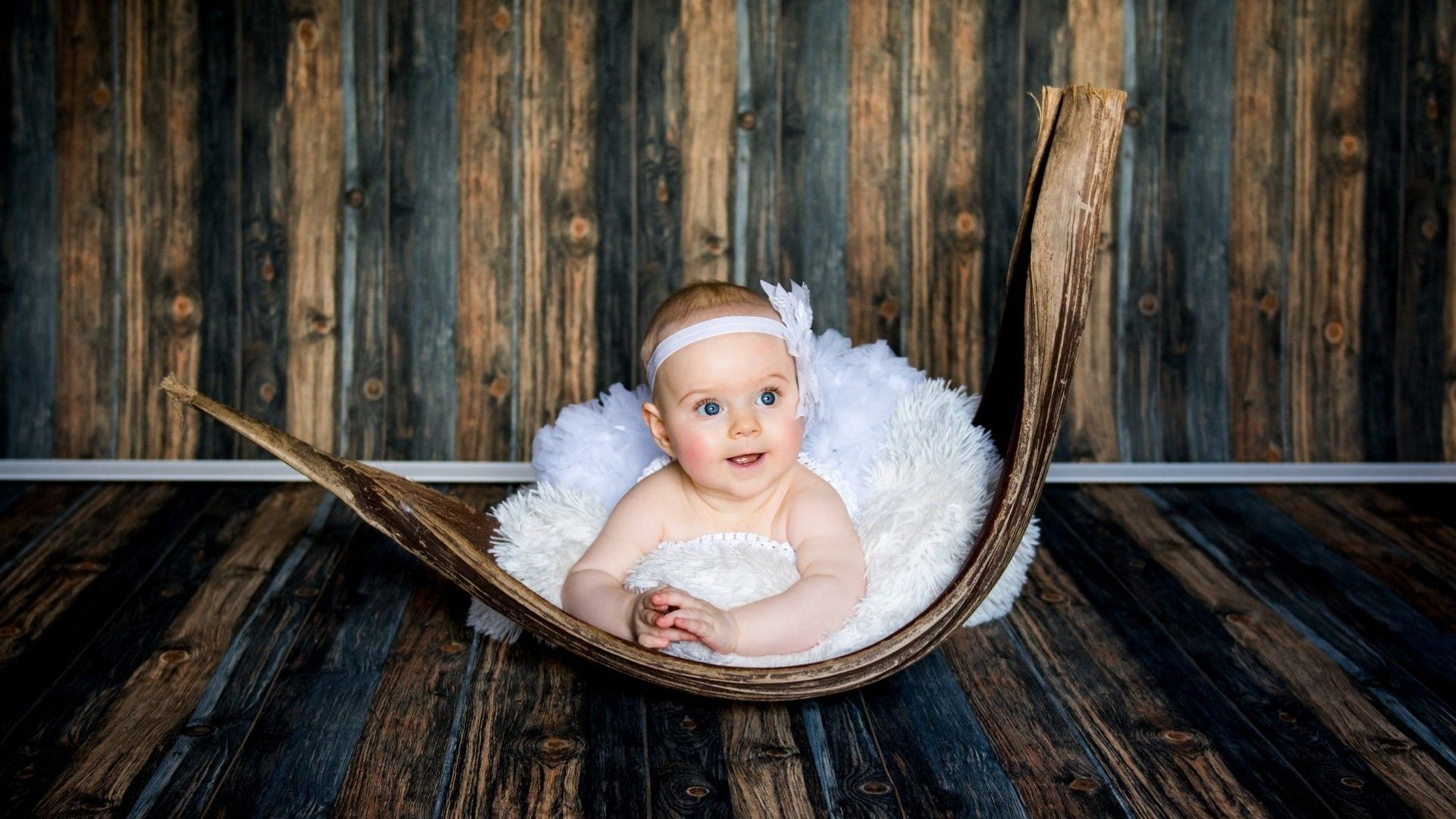 nice look baby girl background | cute baby wallpapers | baby