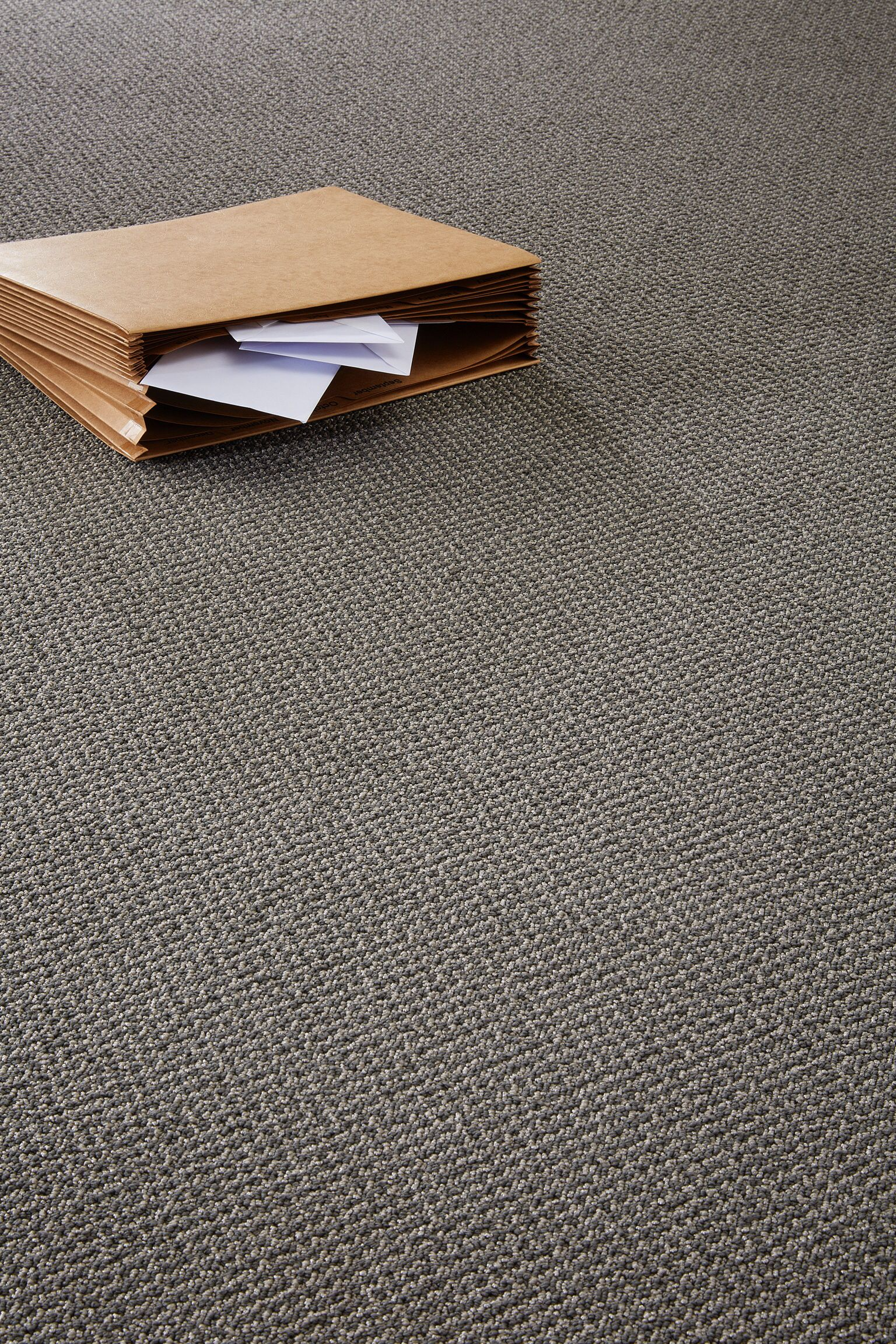 Connect 195 Totally Carpet Broadloom Tile Gray Solution Dyed Totallycarpet Com With Images Accessories Dye Grey