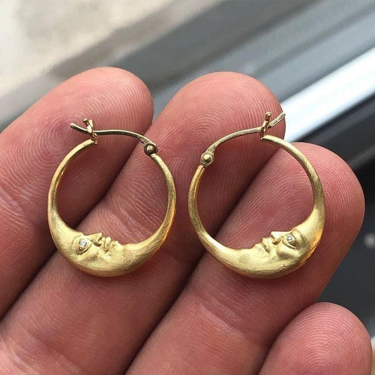 Lovefir Fashion Simple Hoop Name Earrings 26mm Custom Made with Any Names
