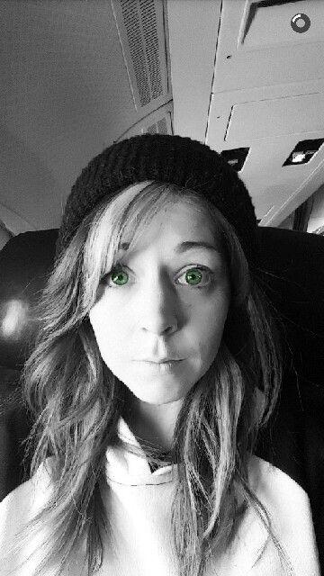 Adorable green eyes, Aww! n_n