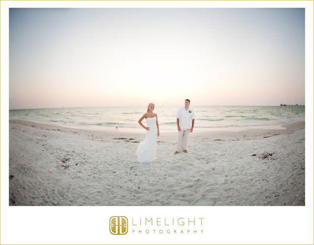Hyatt Regency Clearwater Beach, Bride, Groom, Evening, Beach, Wedding Photography, Limelight Photography, www.stepintothelimelight.com