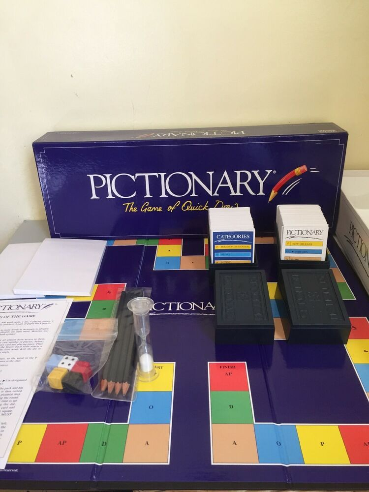 Pictionary the game of quick draw 1993 Edition card game