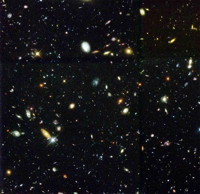 Actual Hubble Deep Space The Hubble Deep Space Field Space