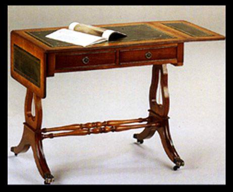 bureau style anglais lyre en bois de meriiser meubles pinterest merisier cuir de vachette. Black Bedroom Furniture Sets. Home Design Ideas