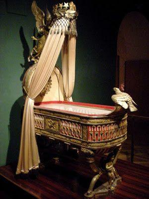 berceau du roi de rome 1811 wien hofburg berceaux pinterest. Black Bedroom Furniture Sets. Home Design Ideas