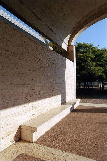 Louis Kahn Kimbell Art Museum Light