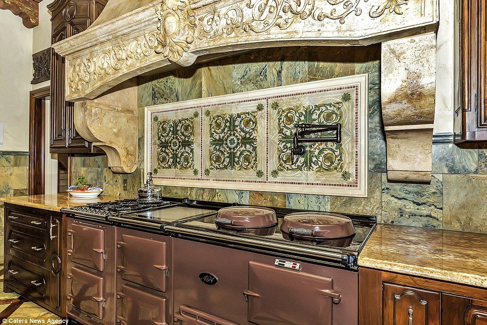 Texas Mansion With 120 000 Aga Oven Up For Sale In Texas Italian Kitchen Cabinets Online Kitchen Cabinets Italian Kitchen