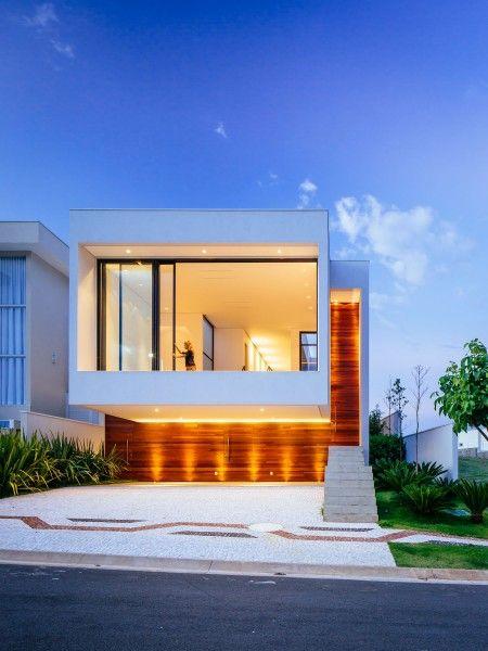 Fachadas de casas iluminadas buscar con google for Google casas modernas
