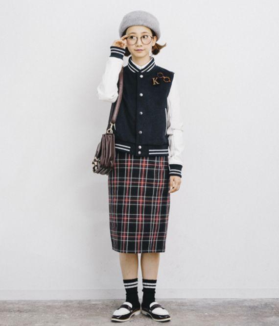 学生風マニッシュコーデ♪ラインを使ったファッションアイテムを使っていて、統一感があります♪