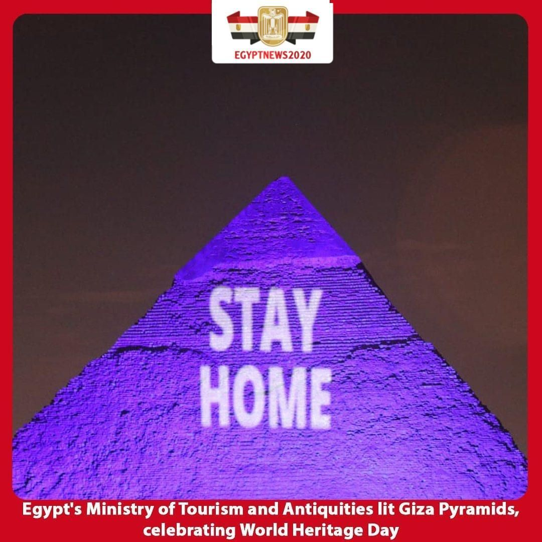 Within The Celebrations Of The World Heritage Day Egypt S Ministry Of Tourism And Antiquities Lit The Pyramids Of Giza Pyramids Of Giza Giza Pyramids