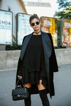 SARA SAMPAIO - SS17 PFW Model's look: lo stile delle modelle a Parigi - OCTOBER 2016 - http://Vogue.it