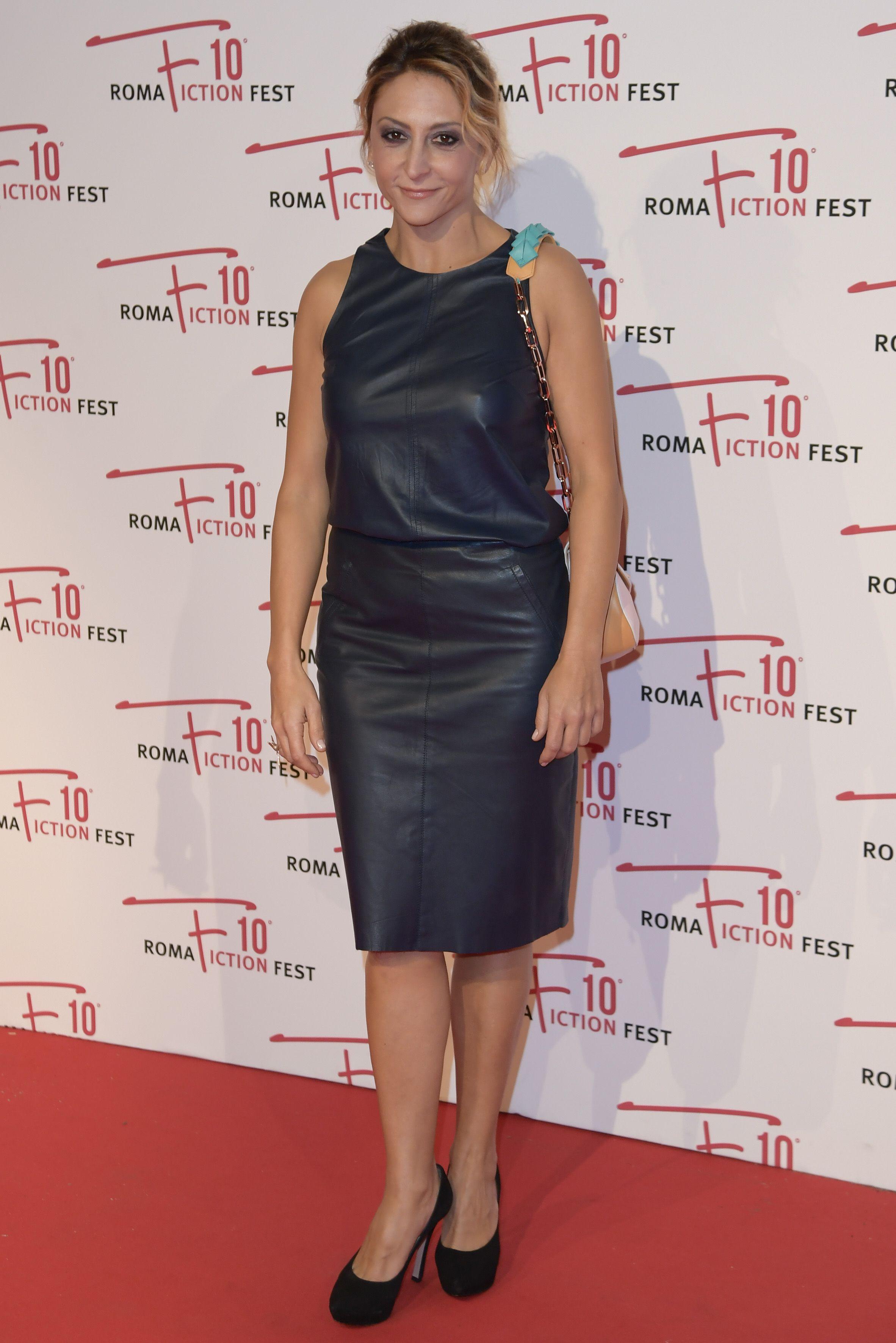 In Arte Nino 2016 paola minaccioni wears a #leather dress at 'in arte nino