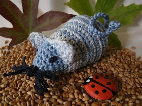 Diese Süße Kleine Gehäkelte Maus Ist Mit Einer ü Ei Rassel