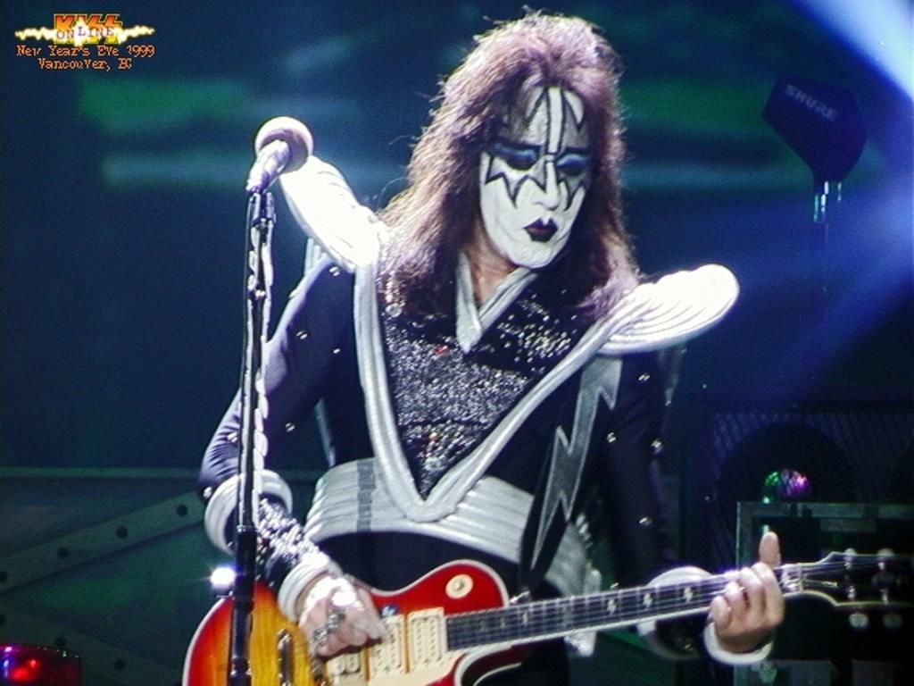Pin By Lee Thomson On Ace Frehley 1996 2002 Ace Frehley