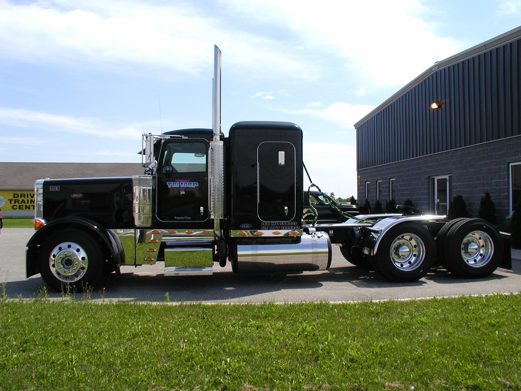 peterbilt Bing Biggg trucks Pinterest