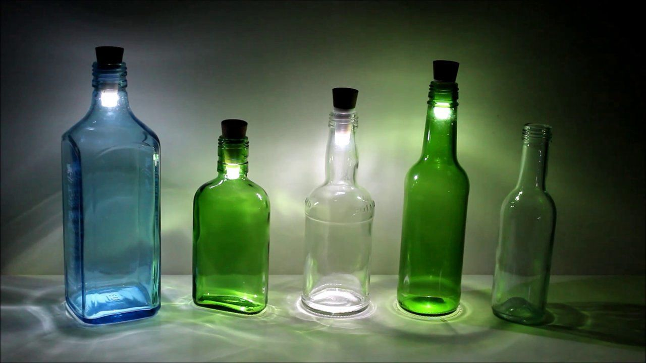 paint your wine bottle pretty- add this LED wine cork light