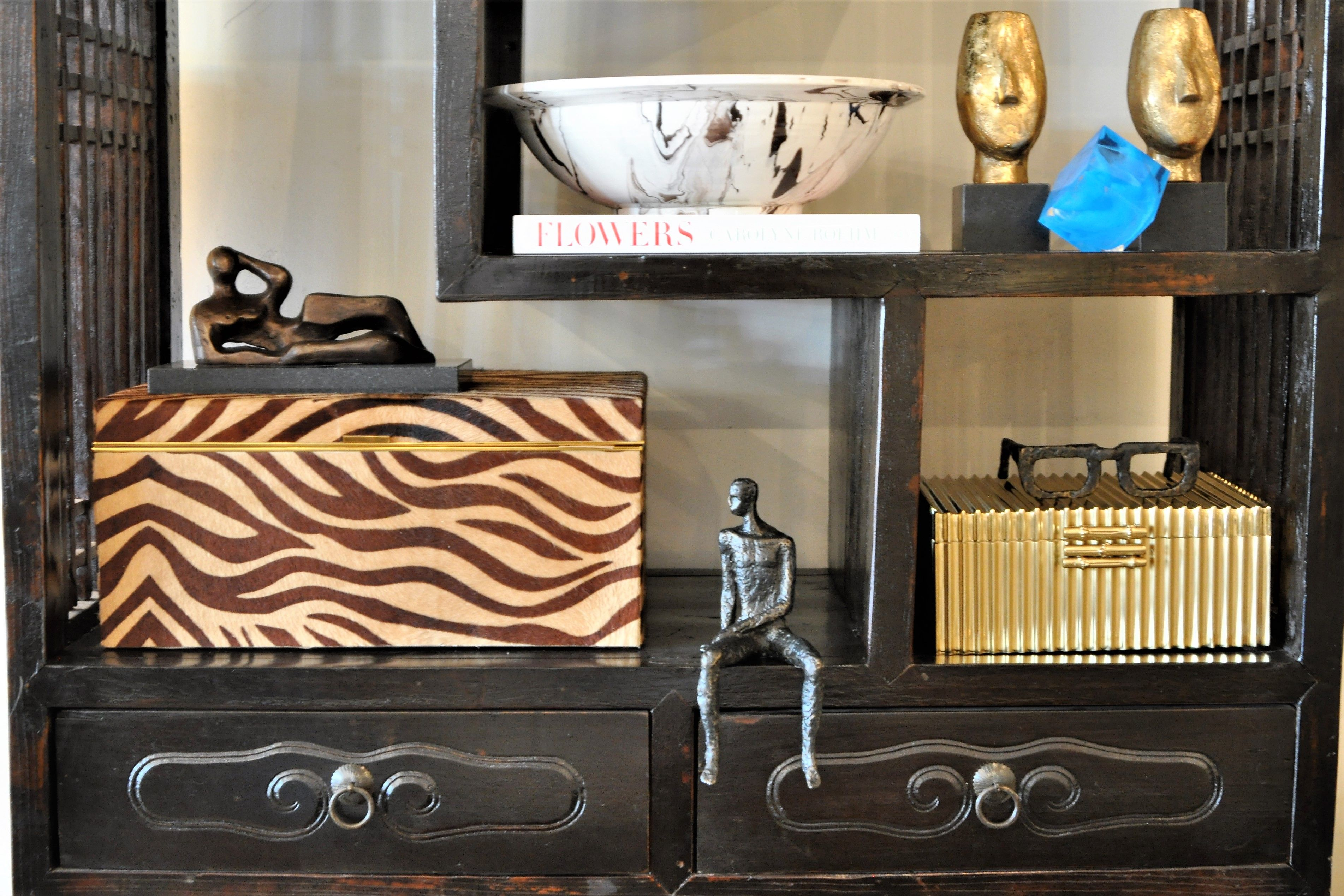 Shelf decor at Mecox NYC #interiordesign #home #decor #design #MecoxGardens #dogsofmecox