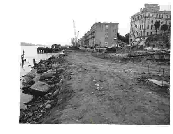 City Releases 1970's Era Photos Of River Street • Savannah ... on chatham square savannah georgia, henry street new life now, henry street new york,