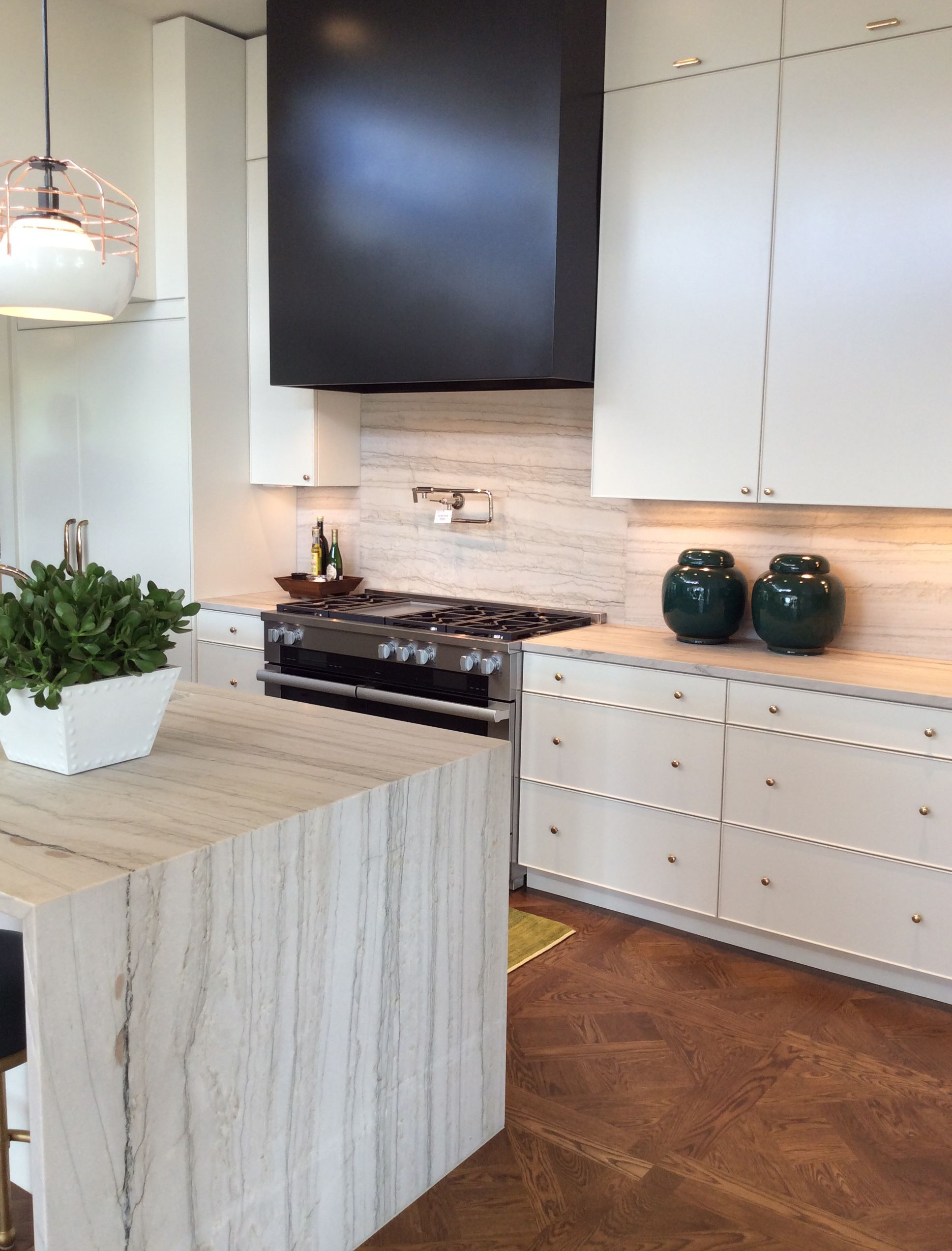 - Bianco Macaubas Quartzite - Google Search Contemporary Kitchen